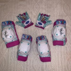 Elbow pads, knee pads, gloves